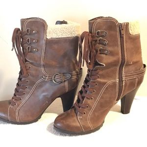 ANA boots size 8M